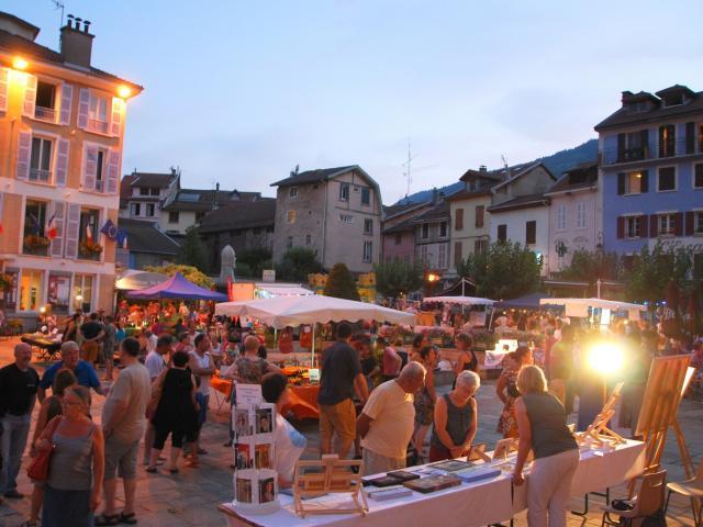 Marché Nocturne D'allevard Les Bains